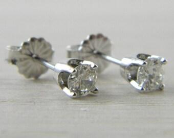 Diamond 0.52 tcw. Butterfly Back Eye Clean Stud Earrings AN-D95
