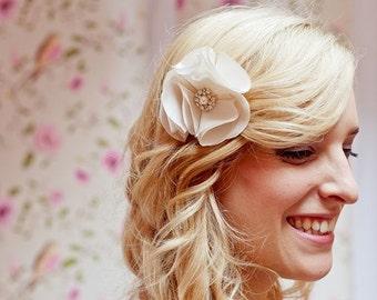 Huguette Fascinator -  Flower taffeta - Rhinestone brooch - Comb - Hair Accessories - Wedding - Sautoir et Poudrier
