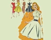 Vintage 50s Teen Dress Pattern / 1950s Juniors Dress Butterick 9382 Circle Skirt Dress Wiggle Dress Pilgrim Collar Sewing Pattern Bust 30.5