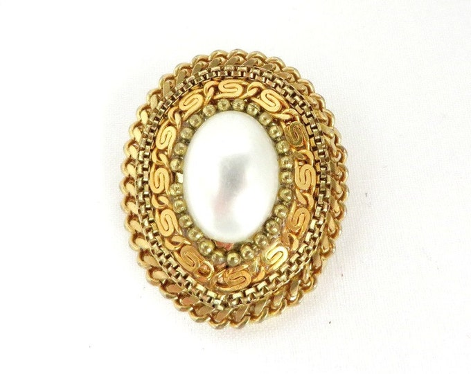 Vintage Faux Pearl Oval Scarf Clip, Braided Gold Tone Clip
