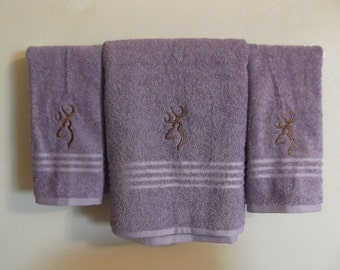 Embroidered ~BROWNING DEER~ Purple Lavender Set of 3 Bath Towels