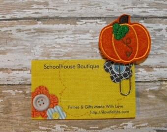 Pumpkin with Leaf felt paperclip bookmark, felt bookmark, paperclip bookmark, feltie paperclip, christmas gift, teacher gift