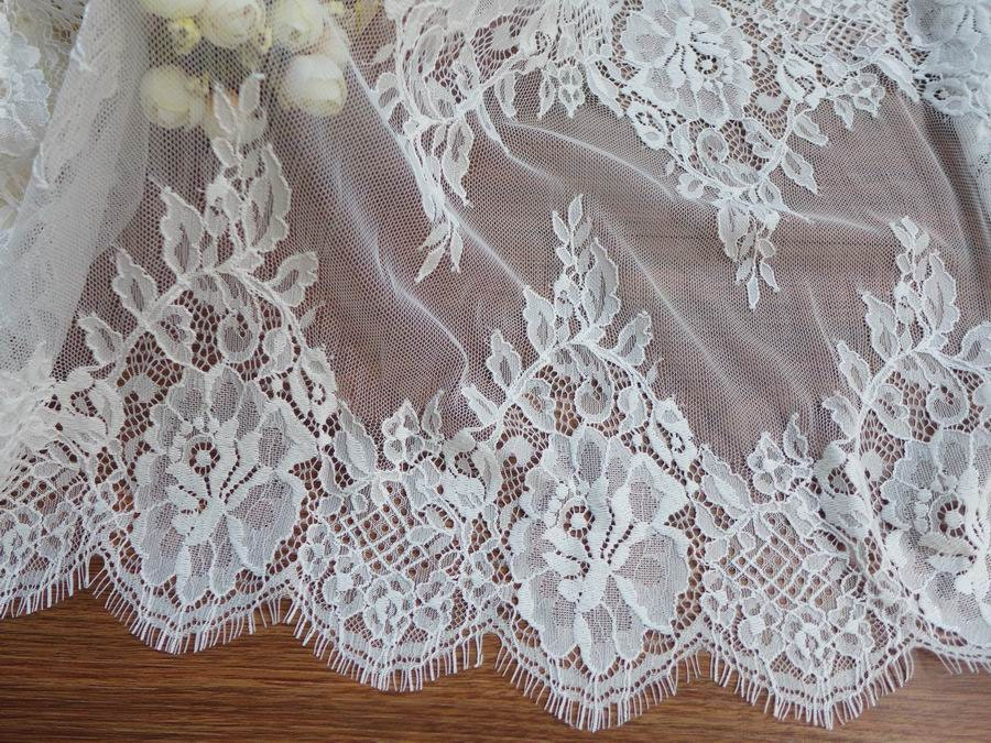 13.8 Romantic Chantilly Lace White Scalloped Chantilly Lace