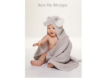 Personalized Baby Elephant Hooded Towel / Perfect baby gift for Bath time, Pool time, or at the Beach
