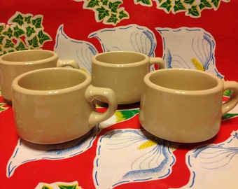 Vintage set of 4 tan Wallace China restaurant ware coffee mugs or cups