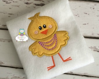 Chicken wearing Necklace Easter Shirt or Bodysuit, Girl Easter Shirt, Girl Chicken Shirt, Girly Chicken Shirt, Easter Shirt for Girl