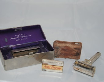 Vintage Valet Safety razor metal travel kit.
