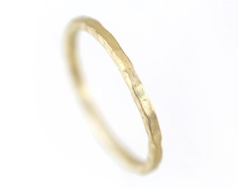 Textured Ring Gold, Solid 14k Gold Band Ring, Hammered ring, Gold Engagement Ring Simple,Gold Wedding Band Men,Womens Gold Wedding Band Ring