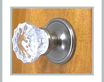 Crystal Glass Door knobs which Your Family will Enjoy for Generations! These are Top of The Line! In Your Choice of Knob Setting and Finish
