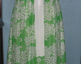 Vintage Sheer Organza Floral print white & green Miss Elliette of California Formal Prom Long Gown Size vtg 12