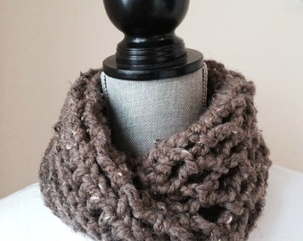 Cowl with a Twist