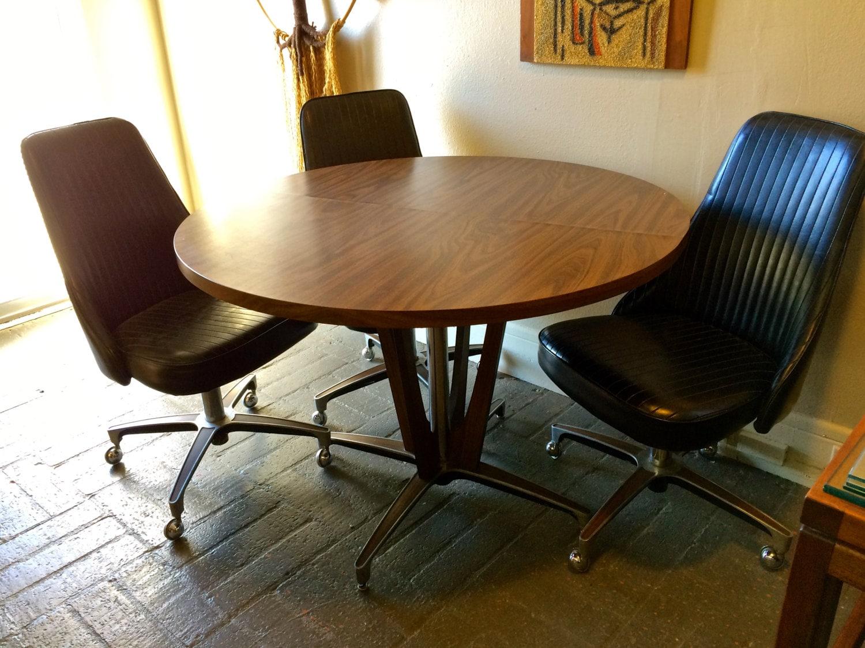1966 mid century modern chromcraft pedestal dining table 5 - Chromcraft dining room furniture ...