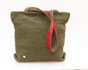 REVERSIBLE shoulder bag Hunter Green and Red suede