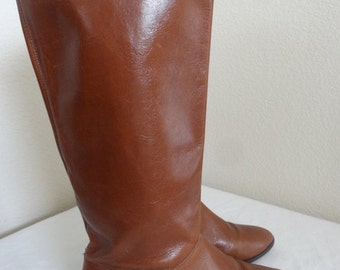 Vintage Womens Leather Knee Boots Made By 'Etienne Aigner' - Size 4.5 UK
