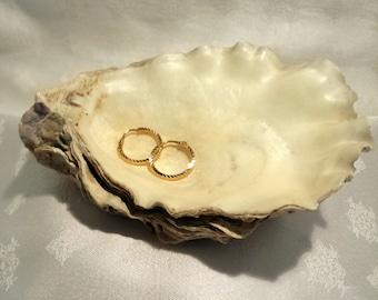 22k Yellow Gold Diamond-cut Hoop Earrings - EB252