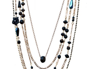 Necklace multi row black and gold high-fantasy
