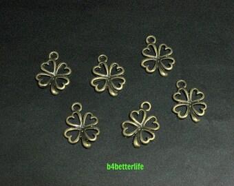 "Lot of 24pcs Antique Bronze Tone ""4-Leaf Clover"" Metal Charms. #BC1715."