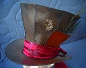 In This Style 10/6 leather card for Mad Hatter top hat