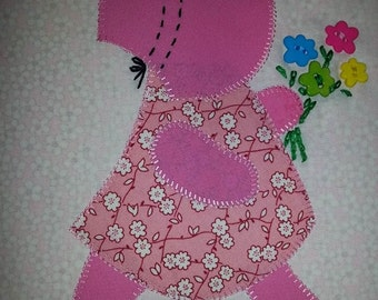 Sunbonnet Sue in 30's reproduction Fabrics..Applique Quilt.... KIT....