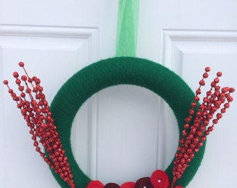 SALE! Christmas wreath, Christmas yarn wreath, Rosette wreath, red and green wreath