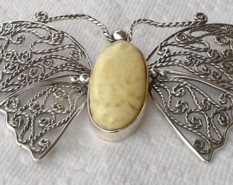 Pendant baltic amber on sterling filigree handmade