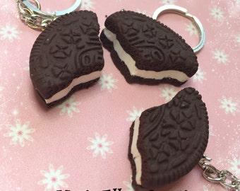 Oreo cookie bff three piece keyrings set  - fake food - best friend keychains - miniature food - threeway keychain - polymer clay