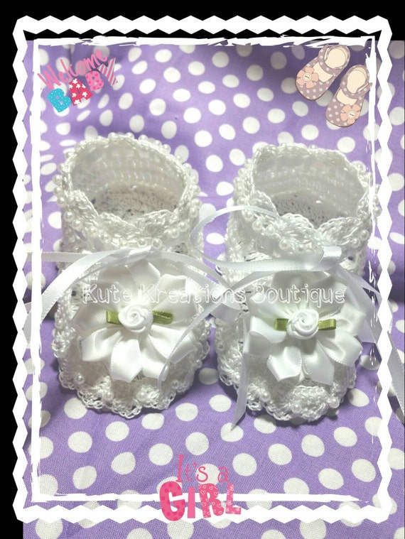 Crochet baby Shoes with beads, Baby Booties, Crochet Baby Shoes.