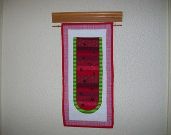 Watermellon! Summer is right around the corner. This is a cute little quilt that would look nice on a wall where there is not a lot of space