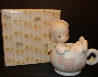 Dropping in for the Holidays Precious Moments Figurine 531952.