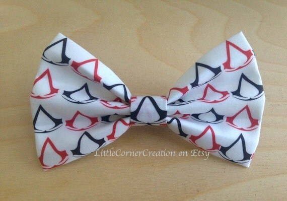 Items similar to Assassin's Creed Inspired Hair Bow ... OR ...