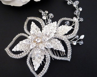 Bridal hair comb, Crystal hair comb, Wedding headpiece, Rhinestone Flower headpiece, Rhinestone hair comb