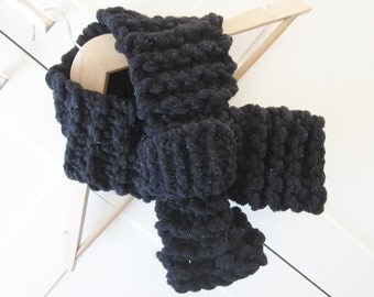 Cowl, handknit, Black, Ladies Scarf, Womens Scarf, Ladies Accessories, Womens Accessories  (Prod 201)