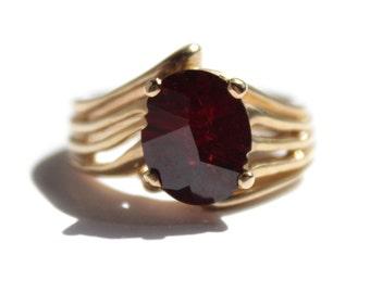 Oval Cut Garnet Ring (1413)