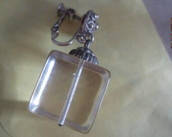 Single - Hobe' Clear Cube Earrings - Vintage  Hobe' Screw on Earring