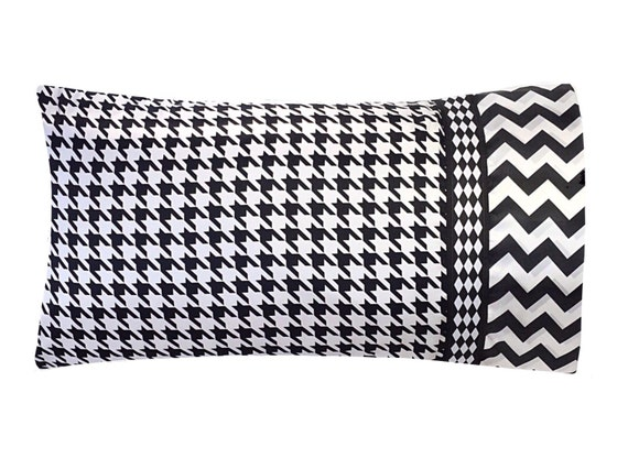 Black And White Houndstooth Pillow Case Houndstooth