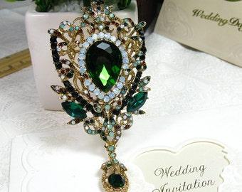 Vintage Style Pin Golden Tone Green Crystal Rhinestone Brooch Pin Dangle Flower Brooch Bridal Wedding Brooch Bouquet Brooch Bridesmaid Gift