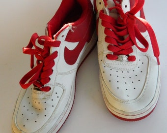Great pair of Nike shoes