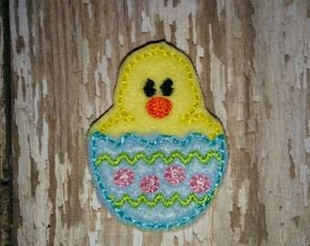 Set of 4 Baby Chick Felties Chicken in a Cracked Easter Egg Feltie Felt Embellishment Bow! Birthday Party Chicks Eggs Planner Clip