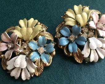 Vintage Crown Trifari Fluerette Collection Clip-ons