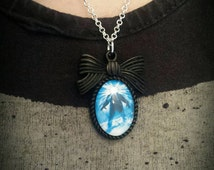 Ladies John Carpenter's The Thing Necklace