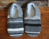 Baby Gift under 20 - Perfect Baby Gift - Baby Shower Gift - Baby Easter Gift - Baby Boy Fashion - Non slip Baby Shoes- Valentine Gift