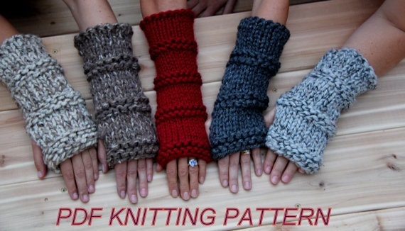 Fingerless Gloves Knitting Pattern Beginner : KNITTING PATTERN Beginner / Hand Knit Outlander and Katniss