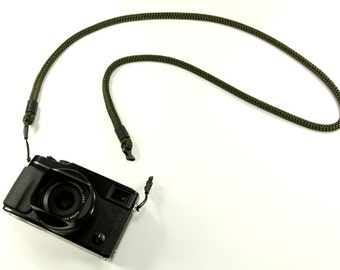 String Loop Non-adjust: Cord camera neck strap