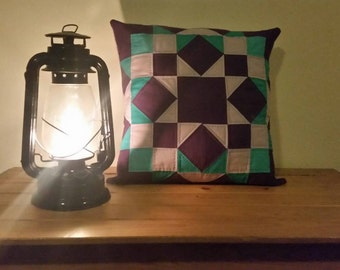 amish quilted pillow