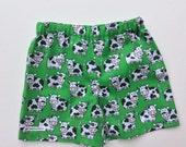summer shorts, childrens clothes, unisex short pants, 3-4 ys 3T 4T, kids shorts, unisex kids shorts, childrens pants, farm pictures, cows