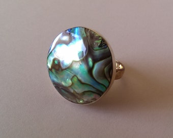 Handmade Solid 925 Sterling silver and NZ paua shell ring.
