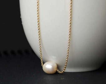 Freshwater Pearl Necklace, 14K Gold Filled Classic Single Floating Pearl Necklace, Classic Pearl Necklace