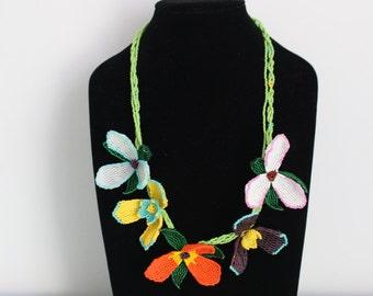 Handmade Zulu Beadwork - Bright Flower Necklace