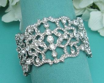 Bridal Cuff bracelet, rhinestone cuff wedding bracelet, rhinestone bangle bracelet, bridal jewelry, wedding accessories, bracelet 215305436
