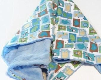 Couverture doudou douce minky flanelle réversible cayalou bébé garcon animaux bleu